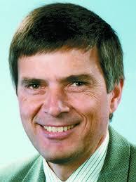 Er wird Nachfolger von <b>Ralph-Peter Hänisch</b>, der zum 01.05.2011 als <b>...</b> - DC5-picar_17767541_4d01802a.jpg-1