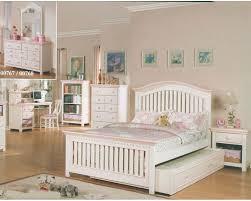 cream bedroom furniture sets
