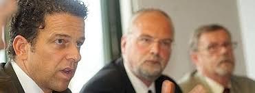 <b>...</b> schmieden Dr. Dietmar Stephan und Dr. <b>Armin Wurth</b> Pläne. - 39676084-543x199