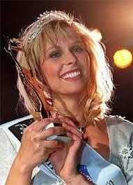 """Sabine Lindorfer hat ihren Titel als """"Miss Austria"""" gut zu nützen gewusst. So pflegte die heute 31-Jährige ihre Kontakte und gründete vor fünf Jahren eine ... - spezial_woman_neu_missen_missaustria_finale_99_12"""