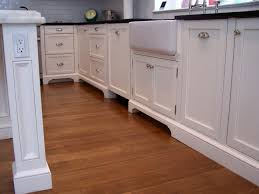 kitchen moldings: hudsoncabinetmakingcom english manor cabinetry hudsoncabinetmakingcom
