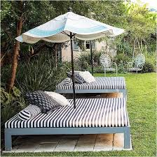 create your own outdoor bed for laying out or snoozing great ideas at centsational girl backyard furniture ideas