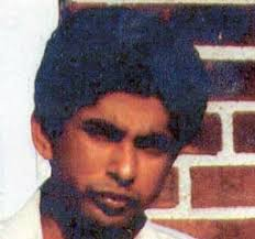 ... but you'd still think they'd use an updated picture, not one from 25 or 30 years ago.) Name: Shabbir Ahmed - ahmed.shabbir