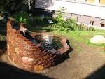 Водопад с камнями фото