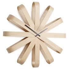 <b>Настенные часы Umbra Ribbon</b> дерево купить в интернет ...