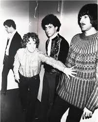 The <b>Velvet Underground</b> – Wikipedia
