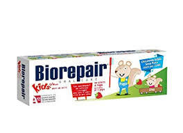 <b>BIOREPAIR</b> Oral Care <b>Kids</b> 0-6 (2 x 50ml) Wild <b>Strawberry</b>.