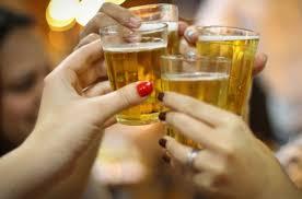 Resultado de imagem para alcool jovens