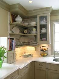 kitchen moldings: traditional kitchen by marlene wangenheim akbd caps allied member asid