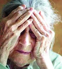Resultat d'imatges de ancianos abusos