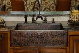 hammered copper kitchen sink: homethangscom has introduced a guide to choosing a kitchen sink
