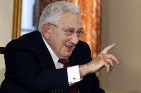 Politiker als Hoffnungsträger: Henry Kissinger soll der Fifa im Kampf gegen ... - topelement