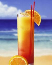 Картинки по запросу Алкогольный коктейль «Текила-санрайз»
