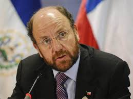 """Foreign Affairs minister Alfredo Moreno. Following on recent media reports """"the Ministry of Foreign Relations must underscore that Chile will continue to ... - alfredo-moreno"""