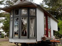 Tiny House Movement grows in Australia  avoid mortgages  be    The tiny house movement is burgeoning in Australia  and most recently in Victoria  Rob