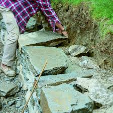 Build a Dry-Stacked <b>Stone</b> Retaining <b>Wall</b> - FineGardening