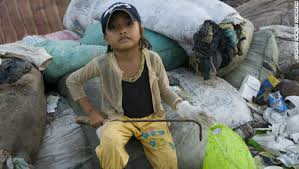 Image result for hình trẻ em nghèo đói viet nam