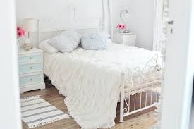 Shabby Chic Bedroom Wall Colors : Special exposed brick walls rilane we with shabby