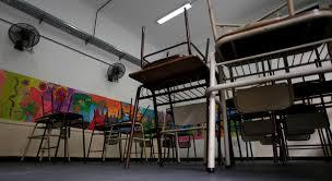 Encerradas Escola Básica Roque Gameiro e Secundária da Amadora