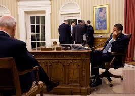 president obama talks on the phone with president hosni mubarak of egypt fileobama oval officejpg