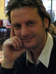 Daniel Castro: Sale en parte de un personaje que hice para un cortometraje que se llama After-shave. Ese personaje lo interpreté yo mismo. - GetInline-1