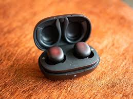 <b>Amazfit PowerBuds</b> review: Outgunning the Galaxy Buds+