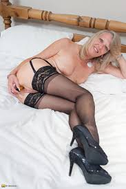 blonde XXX blonde Porn blonde Sex Paysite Previews XXX. Mature.eu This Blonde Mama Loves To Get Naked And Get Dirty