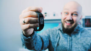 This Cheap <b>Smart Band Watch</b> is Actually a GREAT Step counter ...