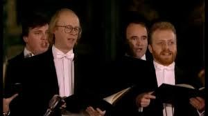 <b>Vivaldi</b> Gloria D major RV 589 <b>Trevor Pinnock</b> - YouTube