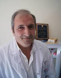 El doctor Adolfo Vélez Ruiz de Lobera, alergólogo del Hospital San Juan de Dios. La incesante lluvia que nos ha acompañado este invierno apunta a una ... - 1365493244925alergologo%2520hsjd1.jpgdn