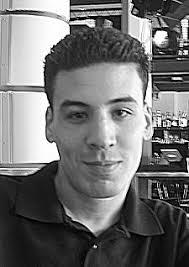 Vandaag hoorde ik van Mohammed Ben Salah, dat zijn broer Redouan begin december 2006 overleden is. Redouan (25) werkte bij het MediaCafe Plantage - 0267