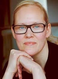Farsta fritt fall av Ulrika Lidbo Två veckor innan gymnasiet börjar flyttar Henrika från Lund till Farsta. Där finns Mira. Mira är tuff och spydig och ... - lidbo2_919346b