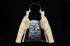 <b>The North Face</b> показала первую в мире <b>куртку</b> из паутины ...