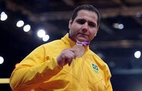 Medalhas no Judô e uma vitória apertada mas preciosa sobre a França no Basquete