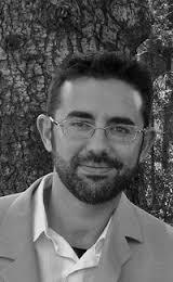 Profesor de guitarra: Javier Riba Horario de mañana y tarde. Dos clases individuales y clases colectivas de técnica y práctica de conjunto. - 203540_151731491559132_3582656_n