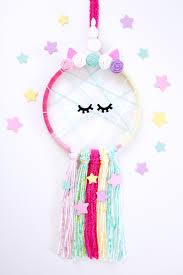 DIY <b>Unicorn Dreamcatcher</b>: Step by Step - Consumer Crafts