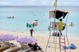 Guam'da günlük yaşam devam ediyor