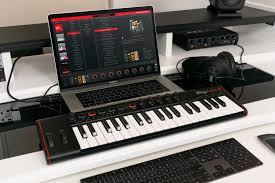 <b>IK Multimedia iRig</b> Keys 2 — второе поколение мобильных <b>MIDI</b> ...