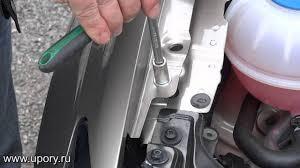 Установка амортизаторов (<b>упоров</b>) капота <b>Volkswagen</b> Polo (арт ...