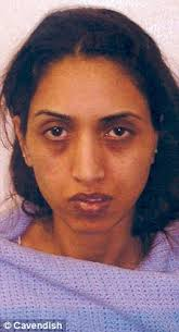 Shahista and Abdul Mohammed have been jailed for conning a string of friends out of nearly half a million pounds - article-1279603-09A649D4000005DC-560_224x414