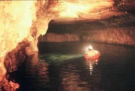 السياحة و تاريخ الجزائر images?q=tbn:ANd9GcQ