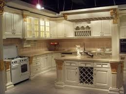 light wood modern kitchen