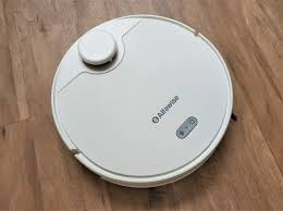 <b>Alfawise V10 Max</b> vacuum robot for $220: Budget model with LDS