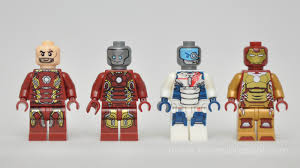 i hate that robot face i wish they make more like rubber ducky mark 42 face his head is form iron man sdcc 2012 bleeding edge cool right bootleg iron man 2 starring