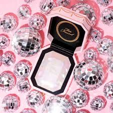 <b>Too Faced</b> launches in India and we are picking up these 5 gems