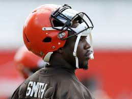 Browns players rally around Chris Smith following death of girlfriend ...