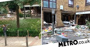 Earlsfield explosion: Four injured in gas explosion in south London ...