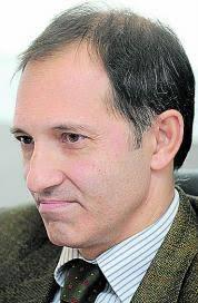 GABRIEL BERNAL DEL CASTILLO Fiscal de Violencia de Género de Asturias Oviedo, L. Á. VEGA El fiscal de Violencia Doméstica de Asturias considera que ya hay ... - 2010-12-04_IMG_2010-11-27_02.49.29__5364832