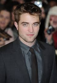 Robert Pattinson in a new film role! - robert_pattinson_black_blazer