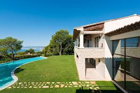 Tips for Americans Buying Real Estate in the C  te d     Azur   Mansion     Mansion Global